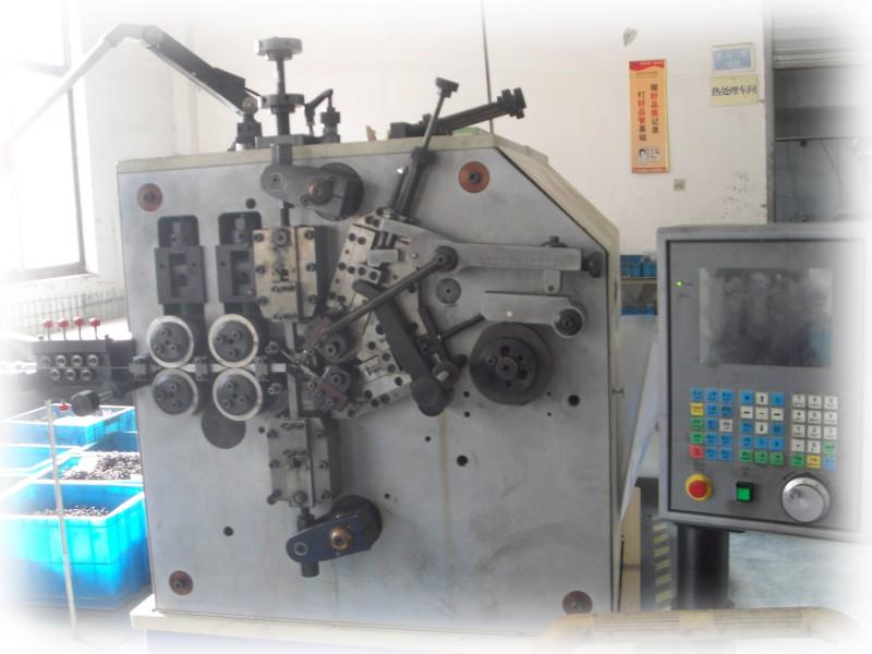 conew_05-compression-spring-machine